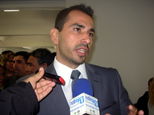 Subsecretario de descentralización José Rosa